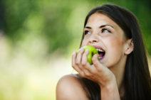 manger des pommes